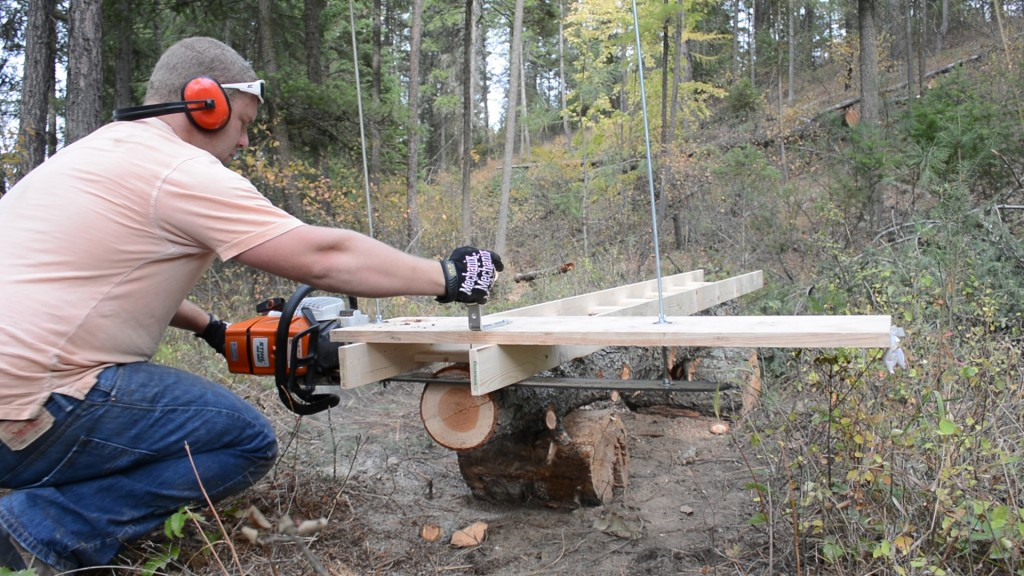 DIY Alaskan chainsaw mill