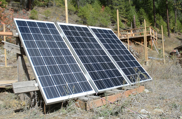 off grid living solar power