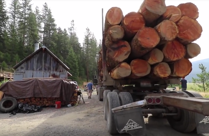 moving logs portable sawmill