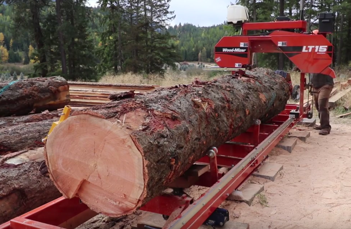 Ultimate Guide To The Best Portable Sawmill Pure Living